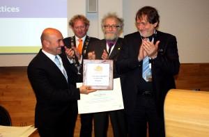 Hollanda Ödül